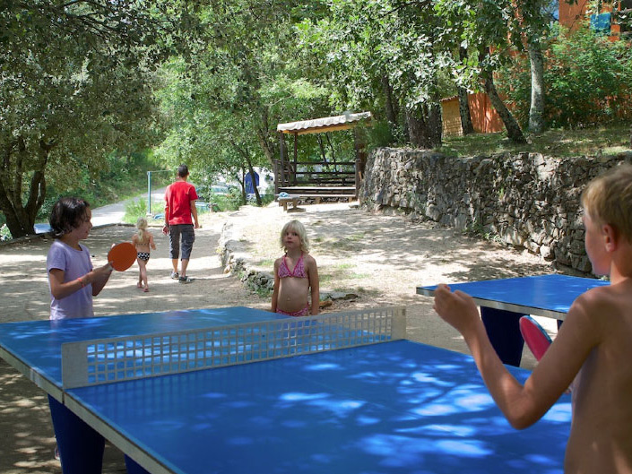camping ardeche avec piscines et toboggans la marette 3 toiles. Black Bedroom Furniture Sets. Home Design Ideas