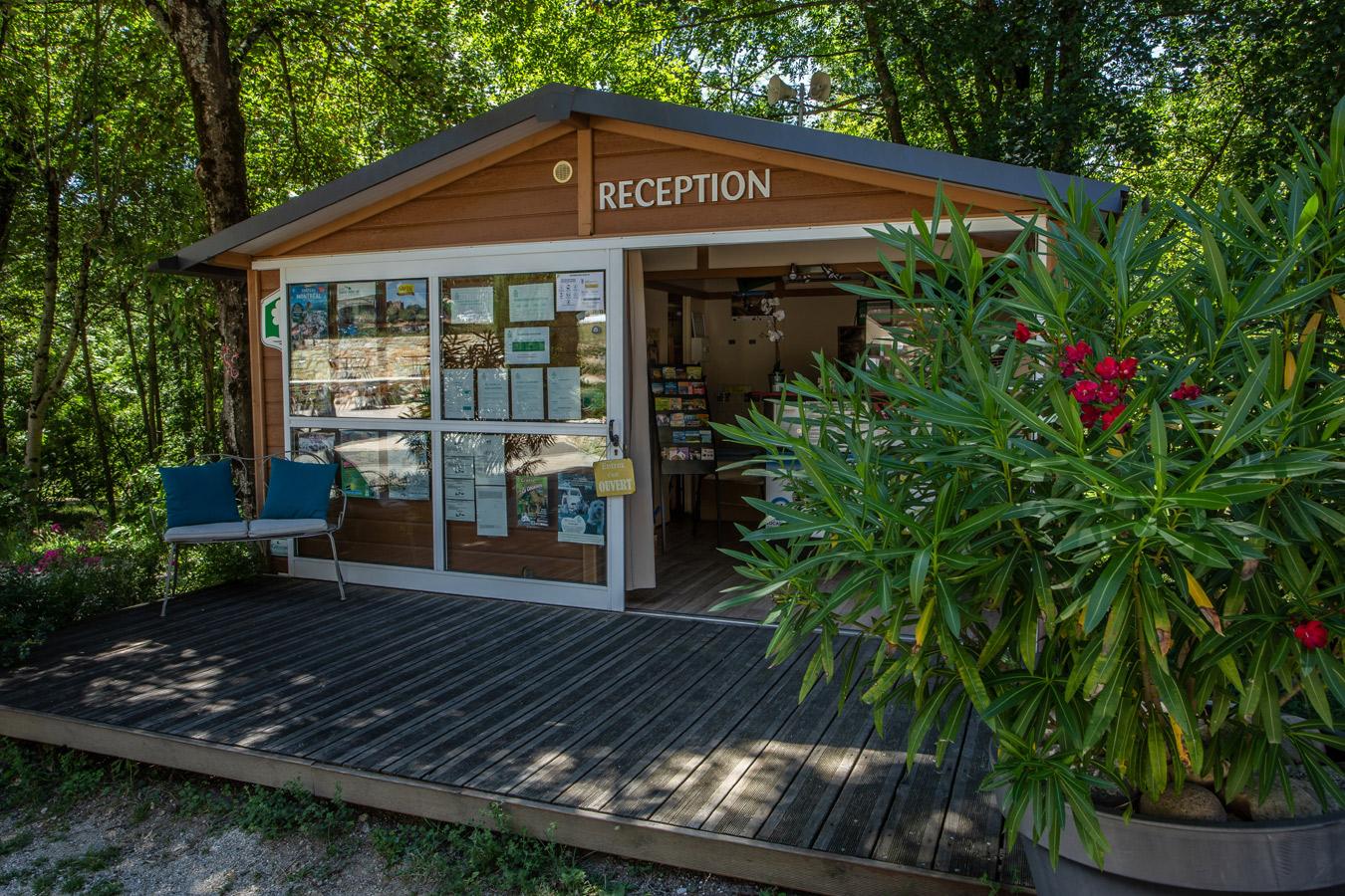 Die Rezeption des Campingplatzes